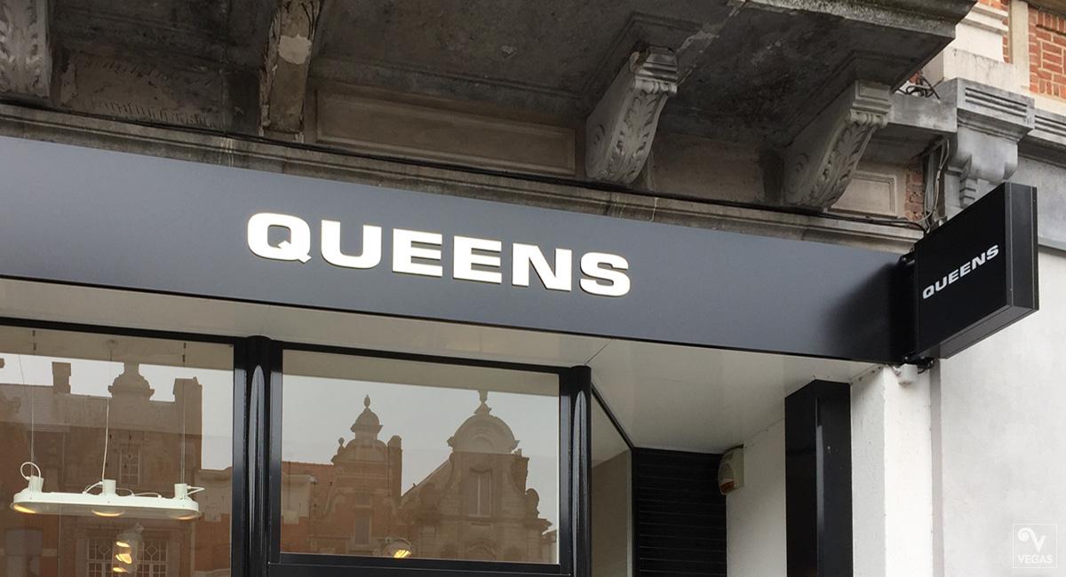 Gevelreclame Queens